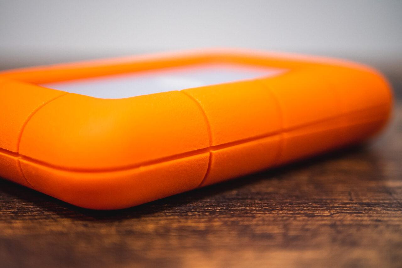 LaCie Rugged HDD ポータブルハードディスクのゴムバンパー